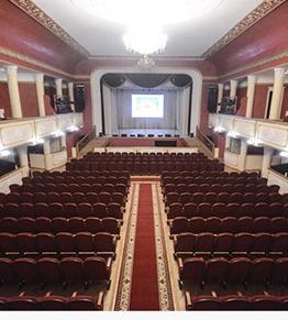 Музыкально-драматический театр в Бердичеве получил 420 новых кресел и стульев