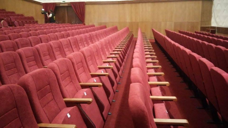 Новые кресла в Доме Культуры «Текстильник» в Ровно