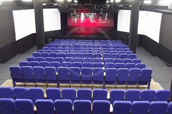 Установлены кресла в конференц-зале ТРЦ «МАРМЕЛАД», г. Киев