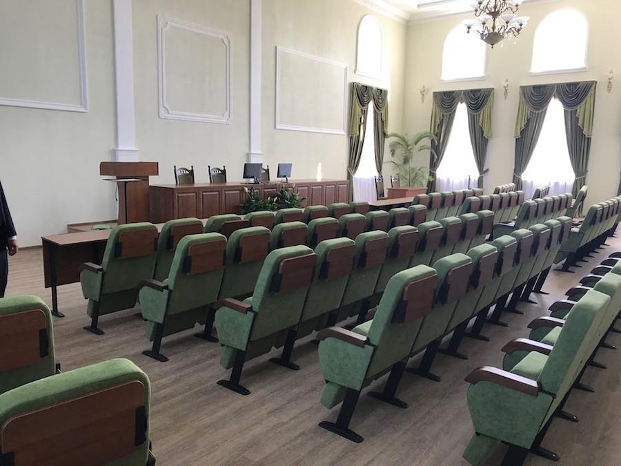 Третья партия кресел для Университета биоресурсов (НУБиП) в Киеве