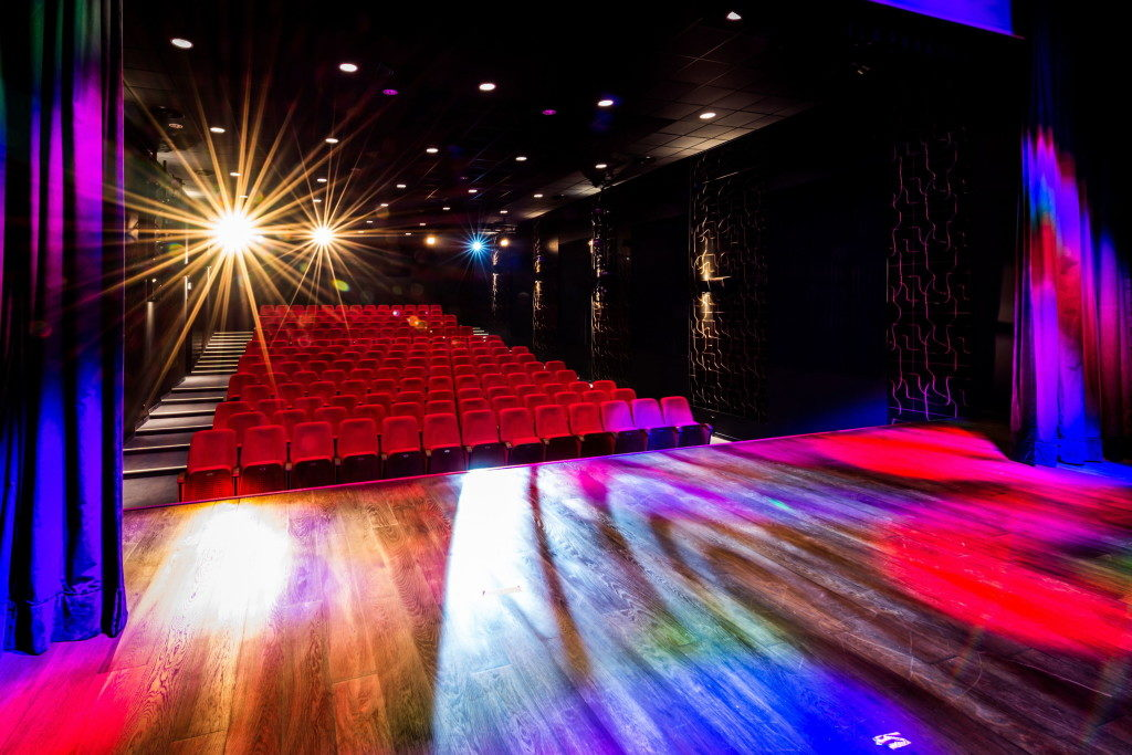 В кинотеатре «Nowa Fala» в Гижицко (Польша) установлены наши кресла